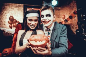 Semelhanças e Diferenças do Halloween Americano e o Carnaval Brasileiro