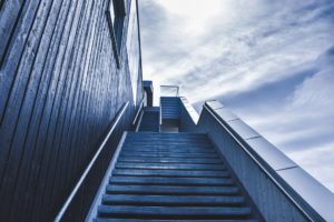 Struggling to Achieve your Goals?  Get out of your Comfort Zone