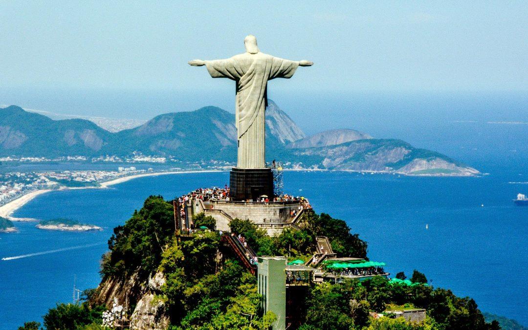 """""""Cristo Redentor"""" Voted Best Tourist Attraction in Brazil"""