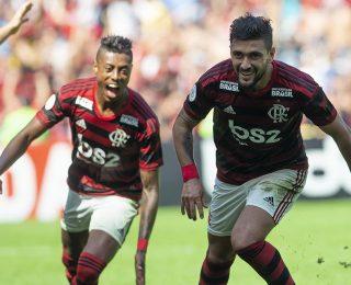 Flamengo: Sinônimo de Futebol e Tradição em Vermelho e Preto