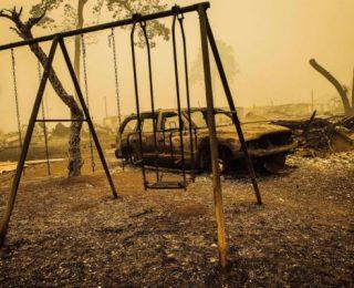 No Oregon, Incêndios Florestais Obrigam Retirada de 500 mil Pessoas