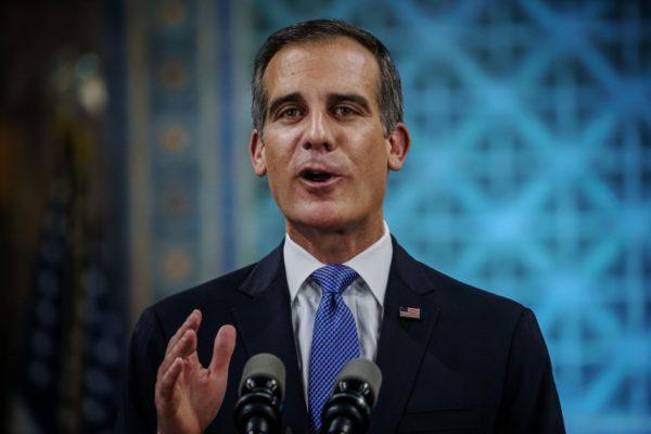 Com Califórnia em Estado de Alerta, Condado de L.A. Anuncia Falta de Leitos de UTI