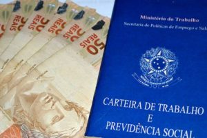 Brasileiro Vivendo nos EUA? Veja como Consultar o Abono Salarial do PIS/PASEP 2020/2021