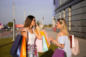 Despite the Crisis Brazilian Tourists Focus in the U.S is Shopping Tourism