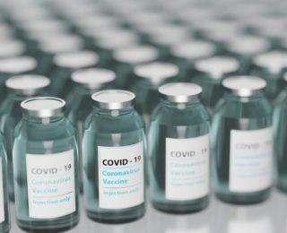 Na Califórnia, Idosos com Mais de 65 Anos são Declarados Elegíveis Para Vacinação