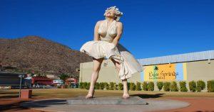 A Conexão Entre Hollywood, Marilyn Monroe e a Cidade de Palm Springs