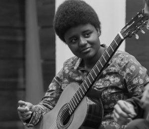 Jovem Brasileira Recebe Reconhecimento Como Violonista e Ganha Bolsa Integral Para Estudar No Manhattan School of Music